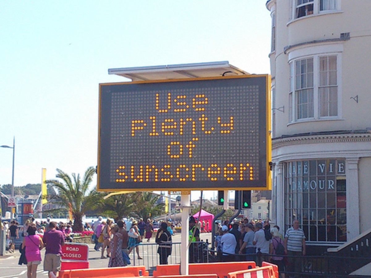 """Use plenty of sunscreen"" (CC BY 2.0) by  alexliivet"