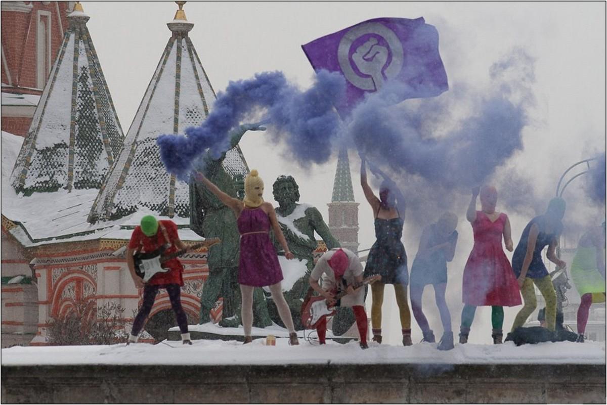 Pussy Riot at Lobnoye Mesto on Red Square in Moscow (photo by Denis Bochkarev)