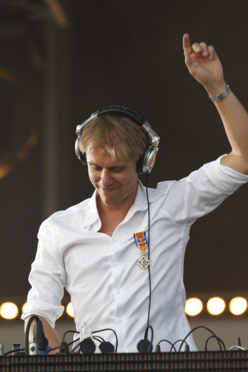 Armin_van_Buuren.JPG