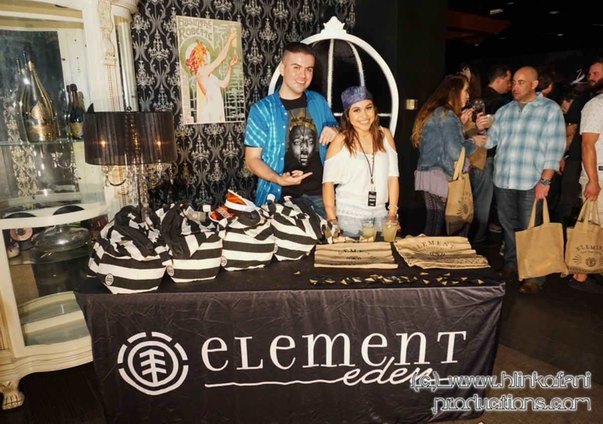 Element Eden gifting kiosk