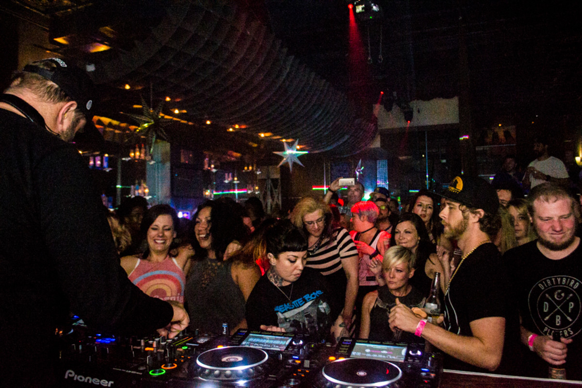 Claude VonStroke spins for a packed house at Blu Lounge, Indianapolis. Photo: Jeremiah Williams