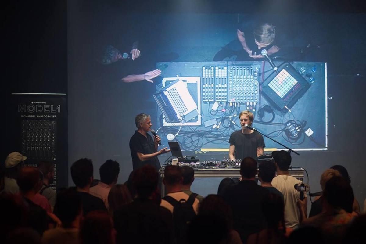 Richie Hawtin MODEL 1 Mixer