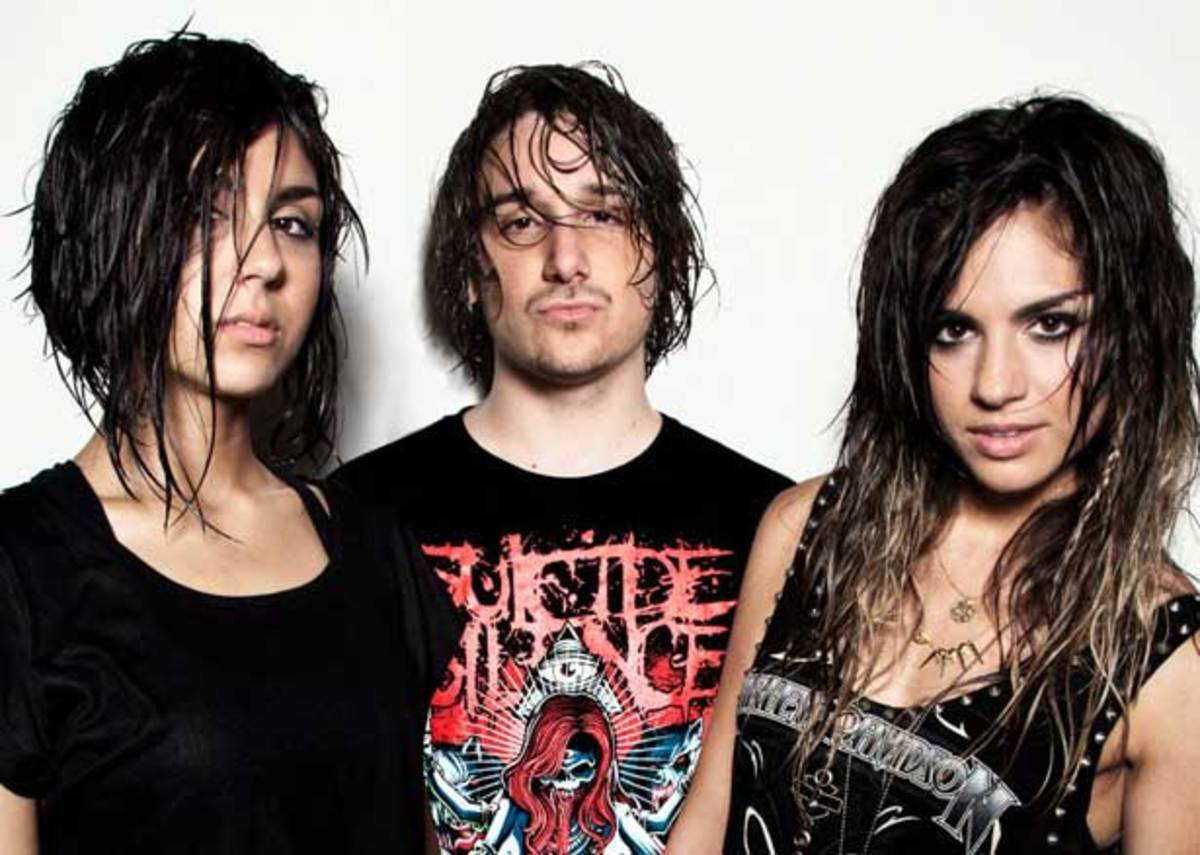 "Free Download: Krewella ""Alive"" (Pegboard Nerds Remix)"