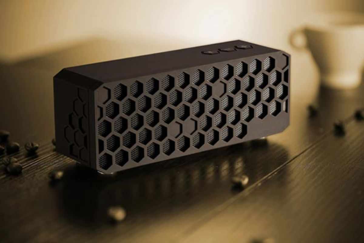 Want: The Honeycomb Bluetooth Speaker by Zhiqiang Jiang