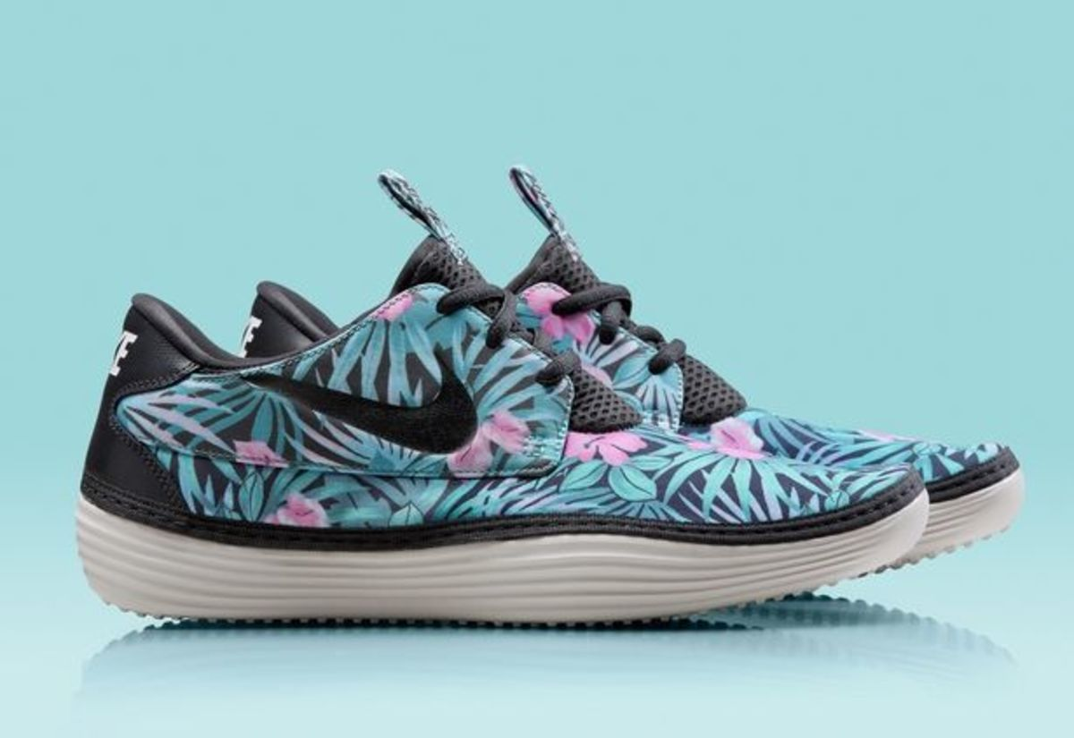 EDM Style: Nike Releases Solarsoft Moccasin In Floral Print; File Under Perfect For The Pool Party Kicks