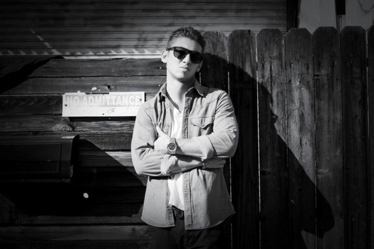 "EDM Download: DJ Politik Shares Martin Garrix Vs Alvaro & Mercer ""Animal's In The Jungle Bootleg""; File Under 'The Secret Formula To Bottle Service Success"""