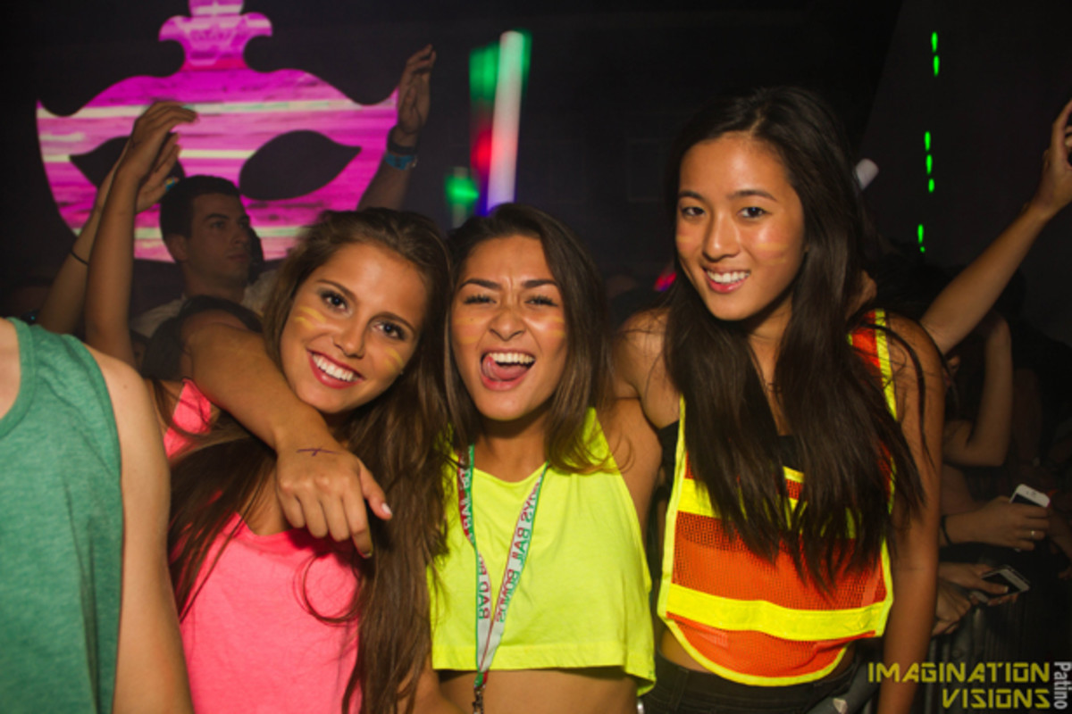 EDM Culture: Photo Preview Of The Chainsmokers At USC's Masquerave