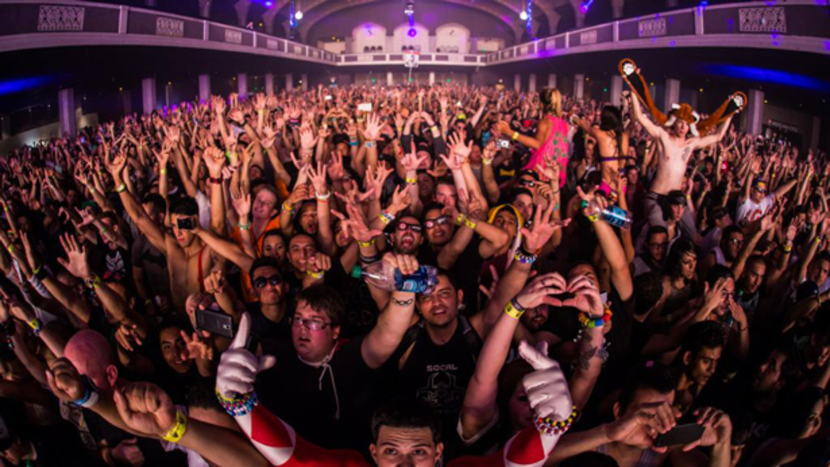 EDM Culture: Event Recap- The Sound of Q-Dance at The Shrine Expo Hall, Los Angeles