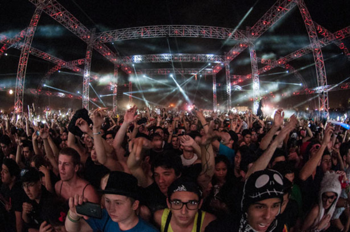 EDM Culture: Where The Bros Aren't - A Guide To A 'Bro Free' Day Of The Dead