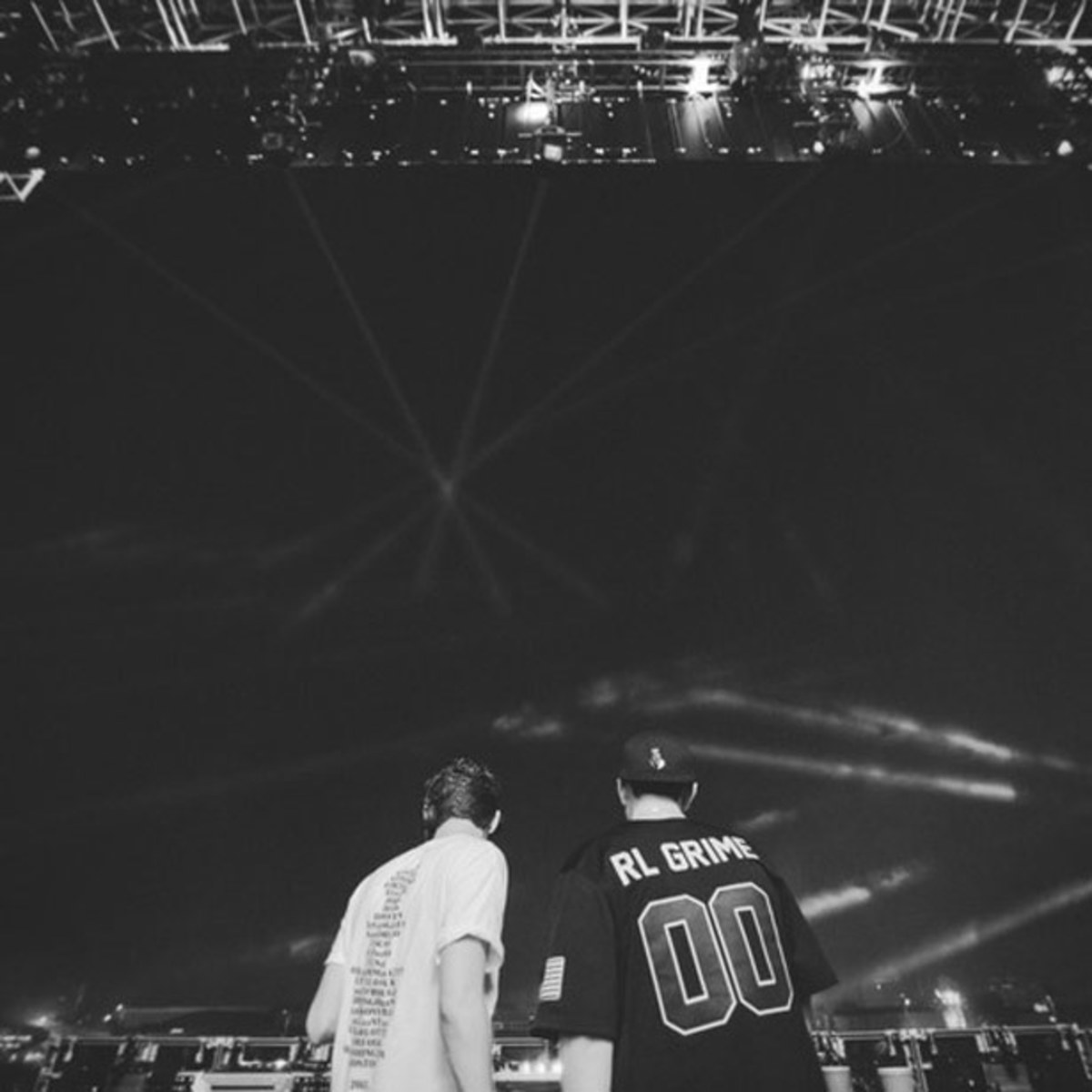 6 'Must Have' Free EDM Downloads From Baauer, RL Grime, Carnage, The Chainsmokers And More