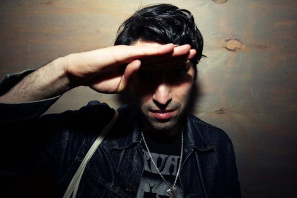 "Erol Alkan Remixes ""Be Above It"" By Tame Impala - New Electronic Music"