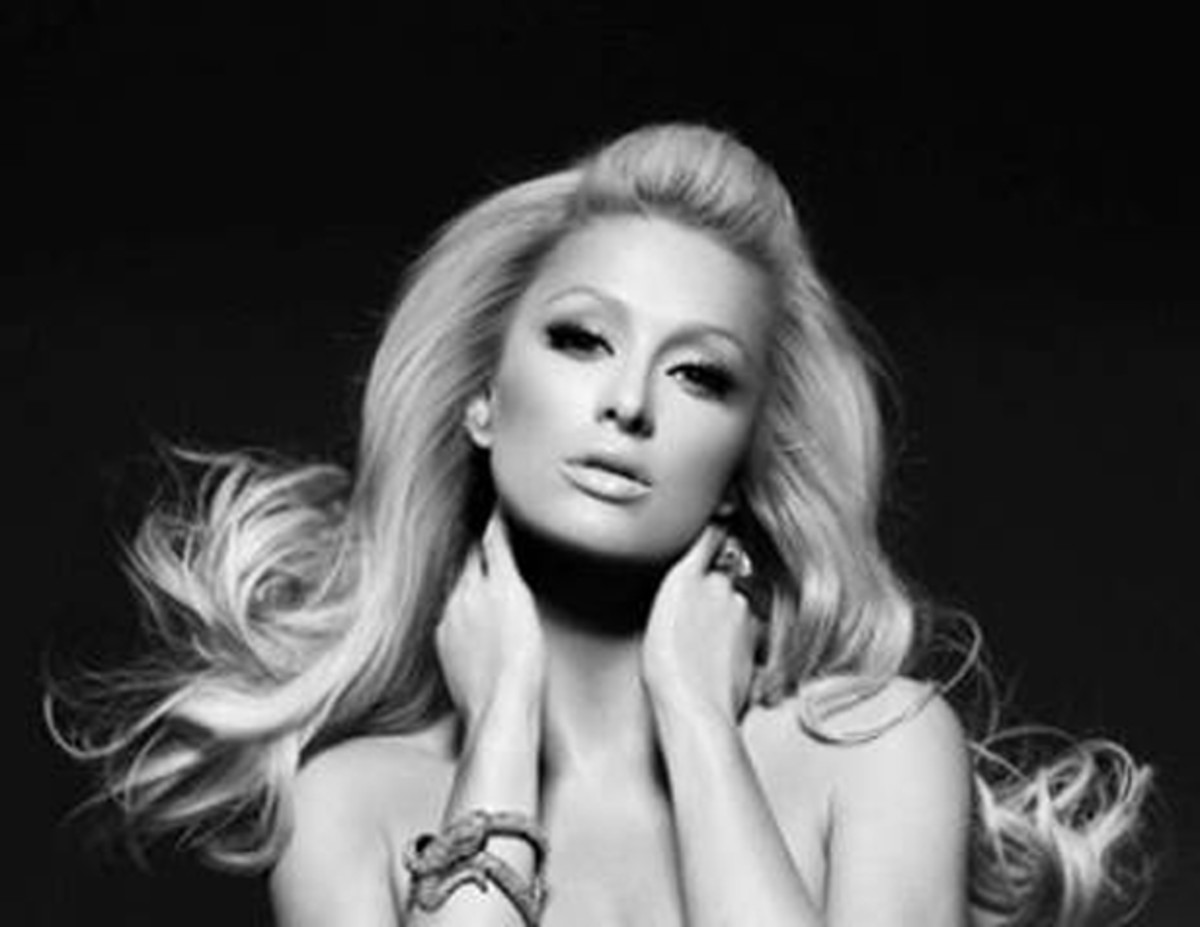 Paris Hilton Shares Her NYE 2014 DJ Playlist - EDM News