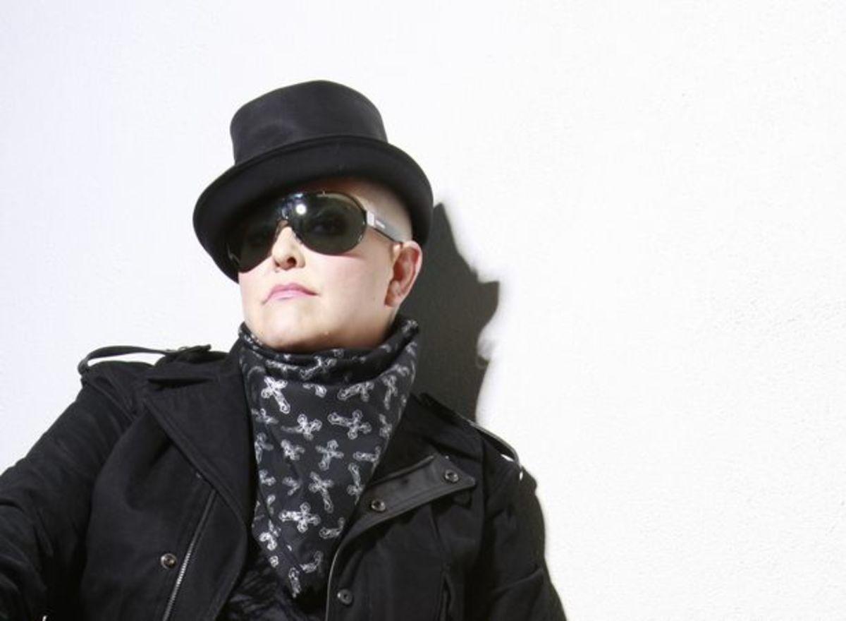 EDM Legends Paul Oakenfold & DJ Irene Respond To Paris Hilton's Claim To Be A 'One Of The Top 5 DJs' - EDM News