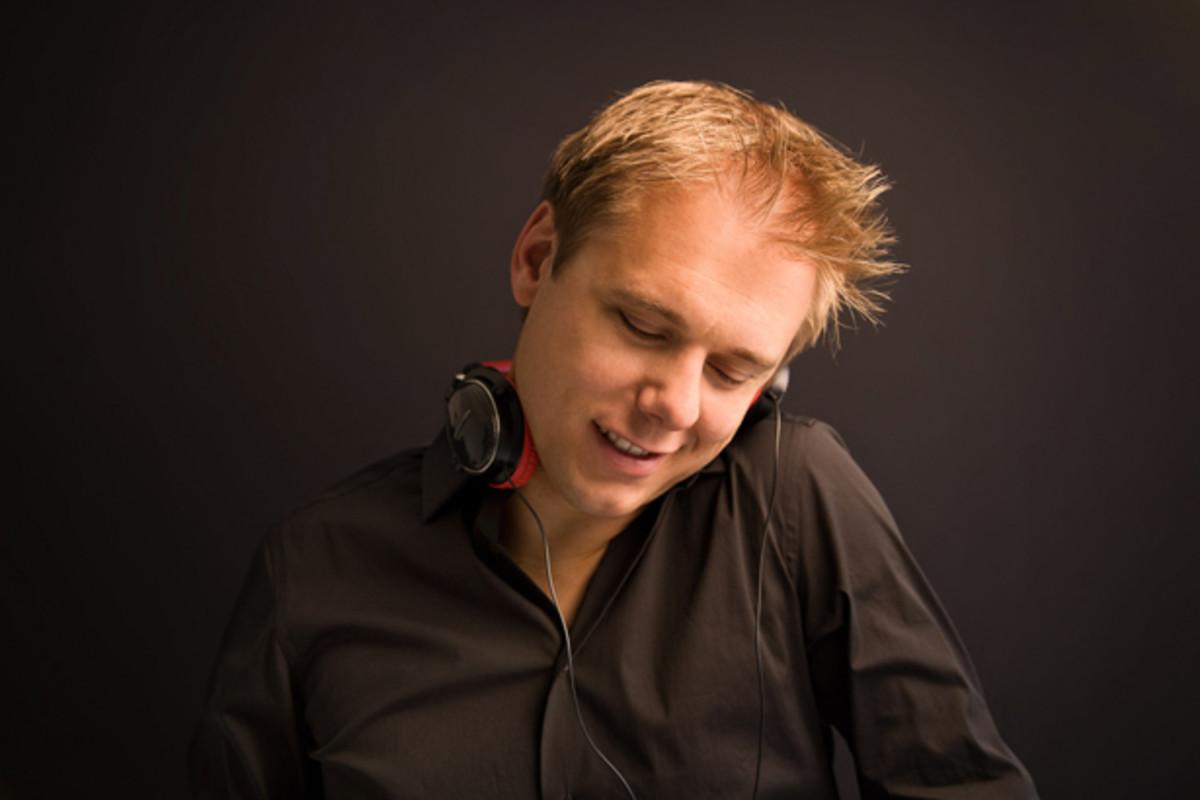 """Heineken Teams Up With Armin van Buuren """"Dance More, Drink Slow"""" Campaign - EDM News"""
