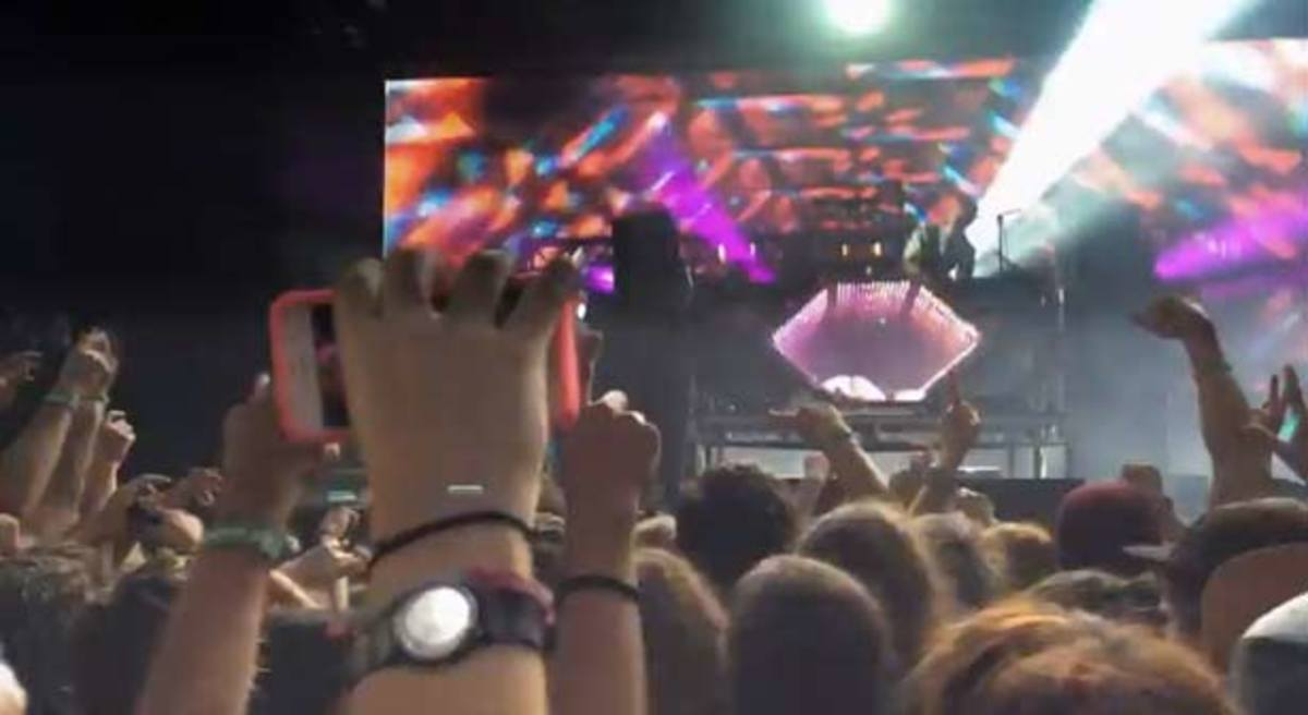 Apple's 30th Anniversary Commercial Features A Cameo From A DJ In EDM Culture. Who Is It?