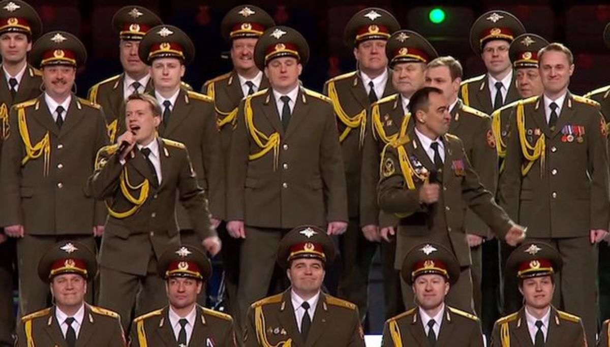 "Russian Police Choir Sing ""Get Lucky"" At The 2014 Winter Olympics Opening Ceremony In Sochi"