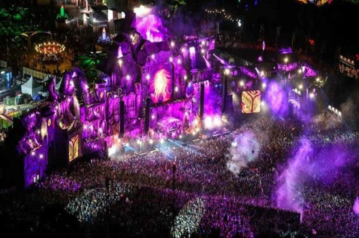 Tomorrowland Will Once Again Be a Two-Weekend Affair in 2017