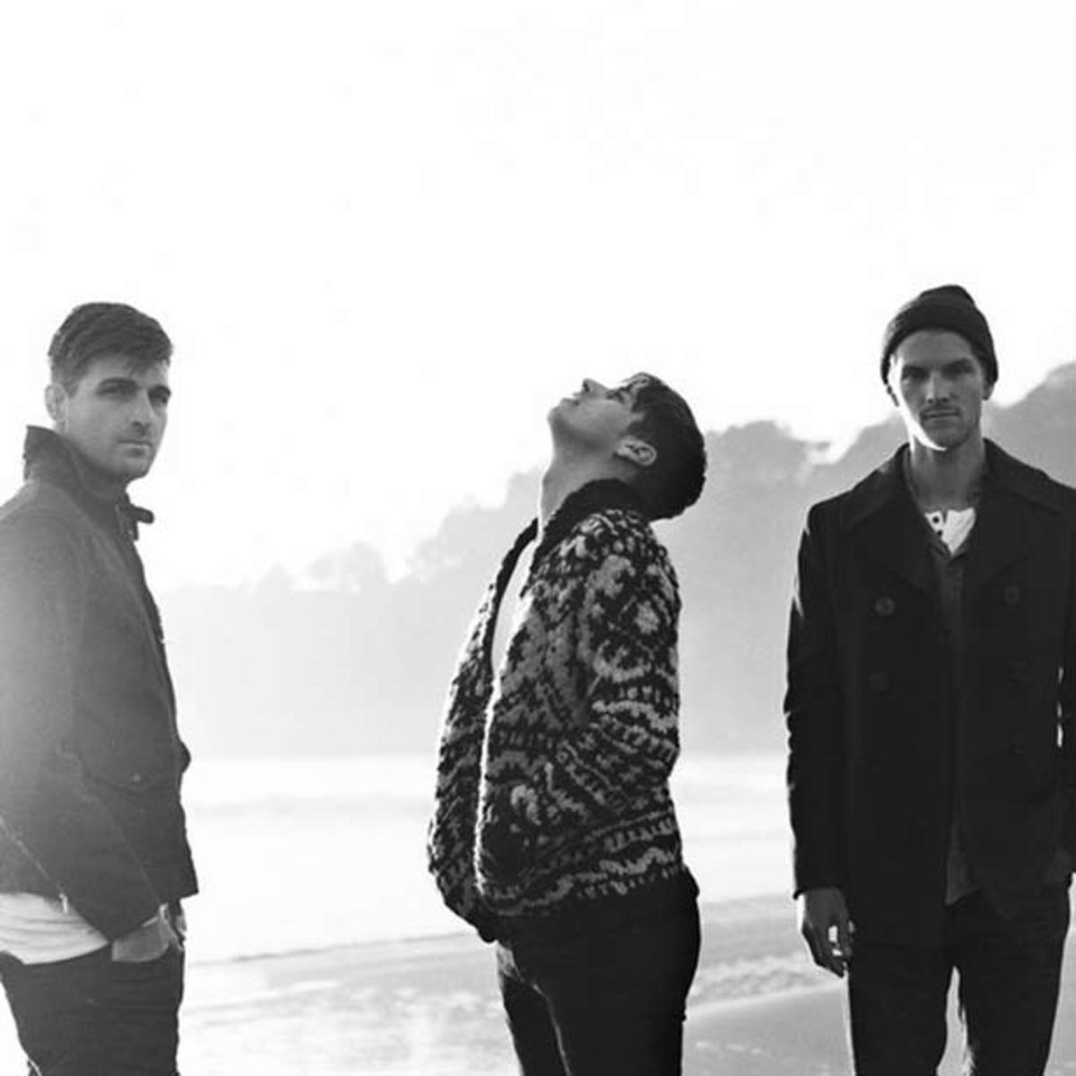 "Foster The People Cover Calvin Harris' & Alesso's ""Under Control"""