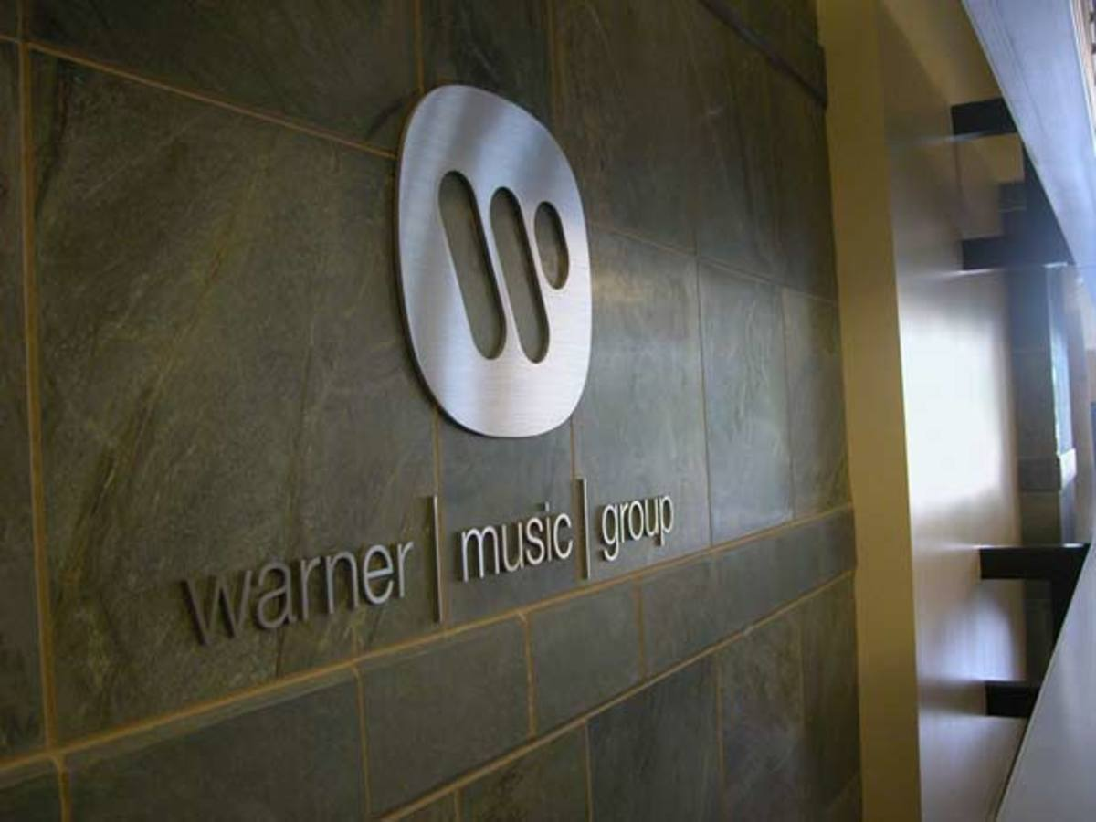Intern Files Class Action Lawsuit Against Warner Music