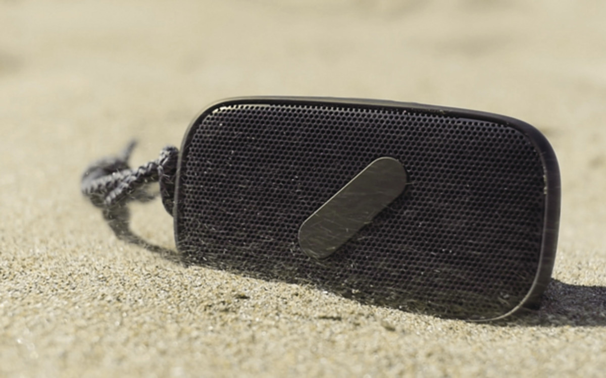 NudeAudio's Super M Portable Wireless Speaker Brings Innovation To The Market