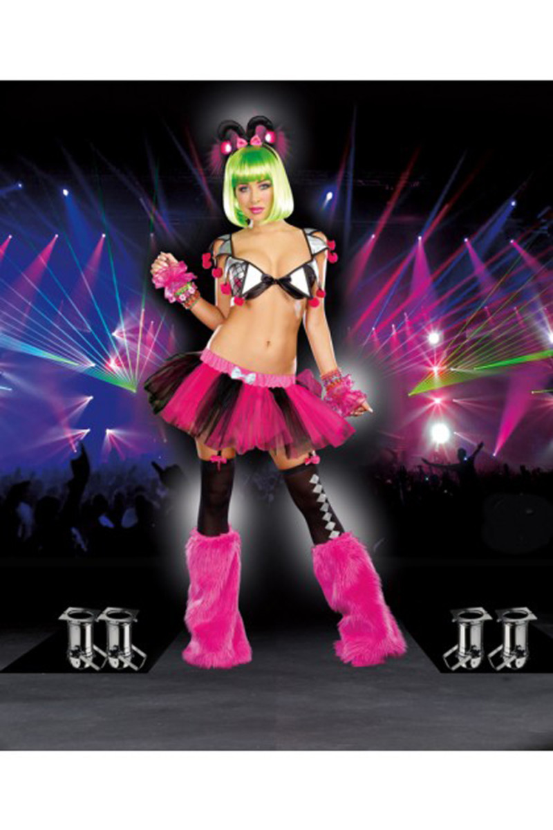 Spotlight: 3 Rave-Worthy Sexy Halloween Costumes You HAVE To Try
