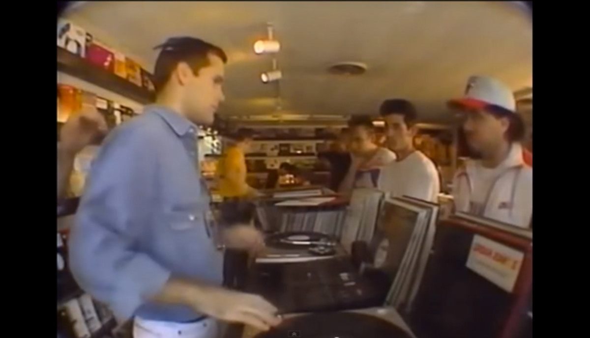 [Time Capsule] Take A Look At The 1990s EDM Scene In This Video