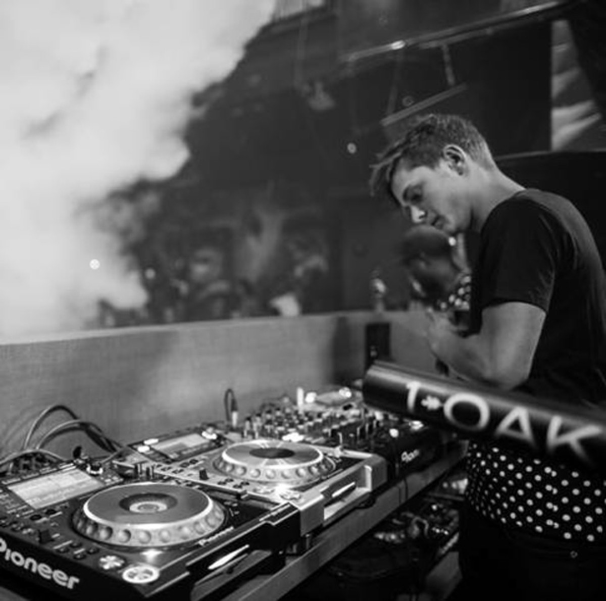 Martin Garrix Makes 1OAK Go Animals
