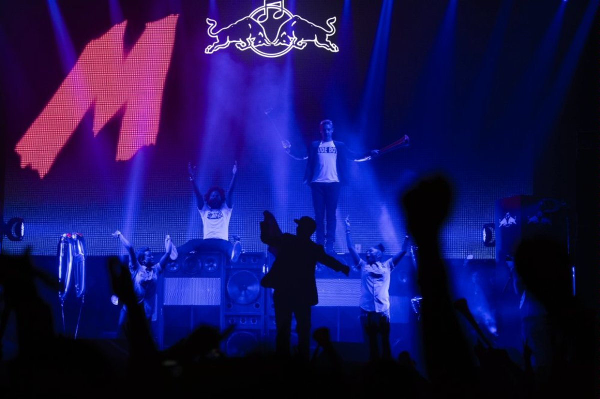 Major-Lazer-perform-at-Red-Bull-Culture-Clash-2012