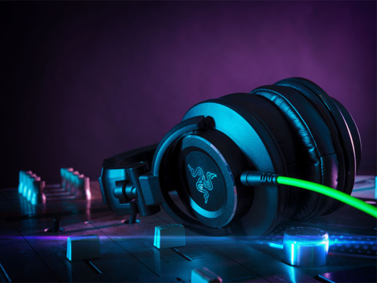 Gear: Razer Adaro DJ Headphone Review - Magnetic Magazine Edm Background Hd