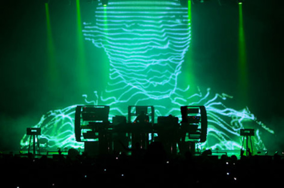 Chemical Brothers Announce A New Album In 2015