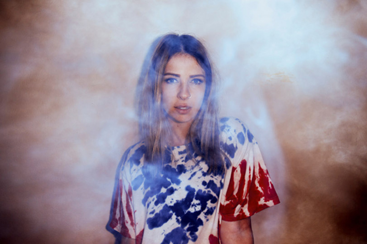 Alison Wonderland: Through The Looking Glass