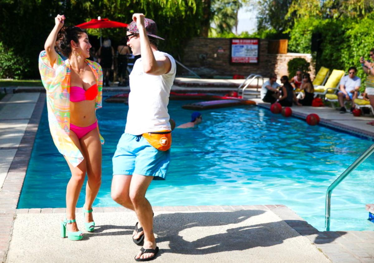 mac cosmetics x mia moretti coachella private pool party 3