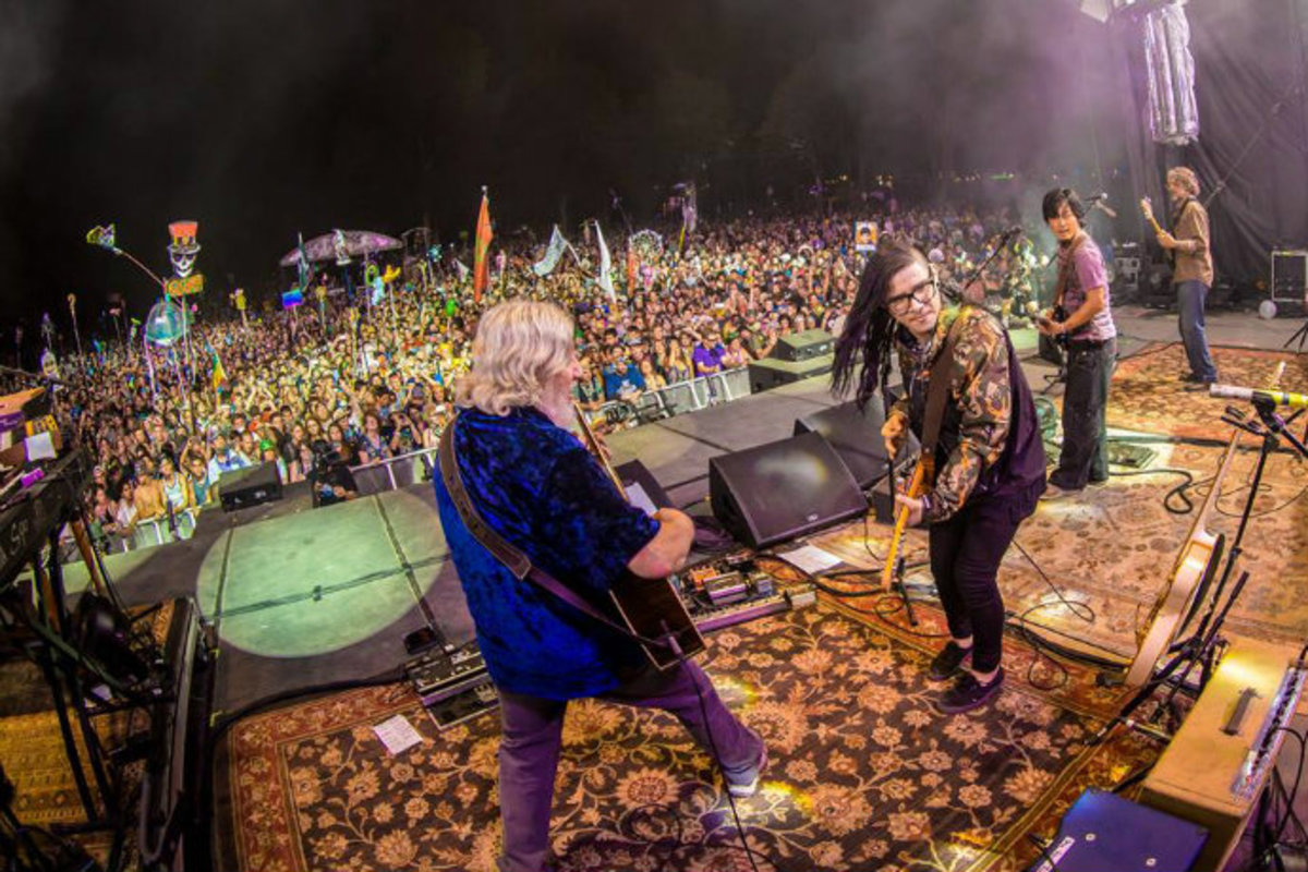 Watch: Skrillex Jammed With The Street Cheese Incident. Haters Freaked Out