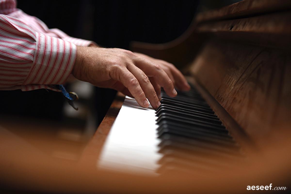 EF15 dusty piano man TAG