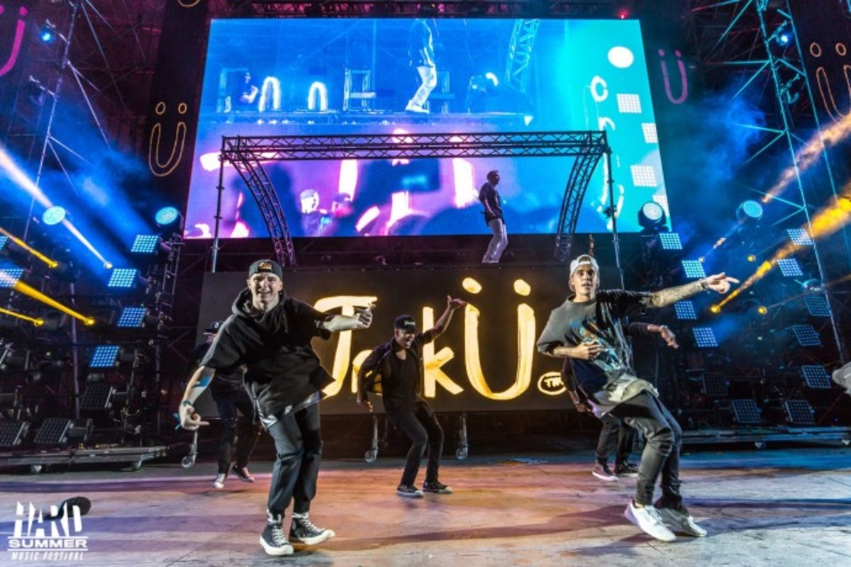 Justin Bieber Performs At HARD, Never Thought We Would See The Day