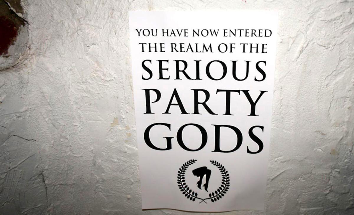 party.pix.main