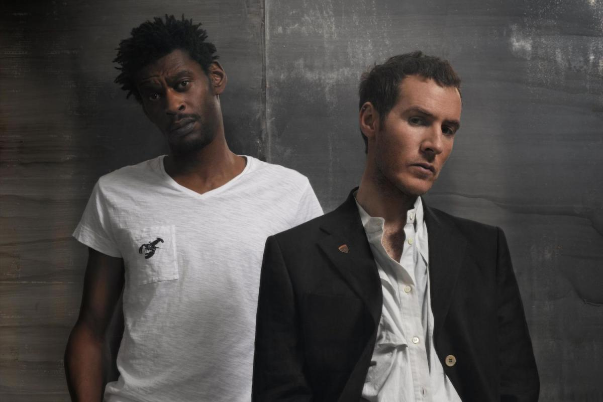 massive attack press photo 2015