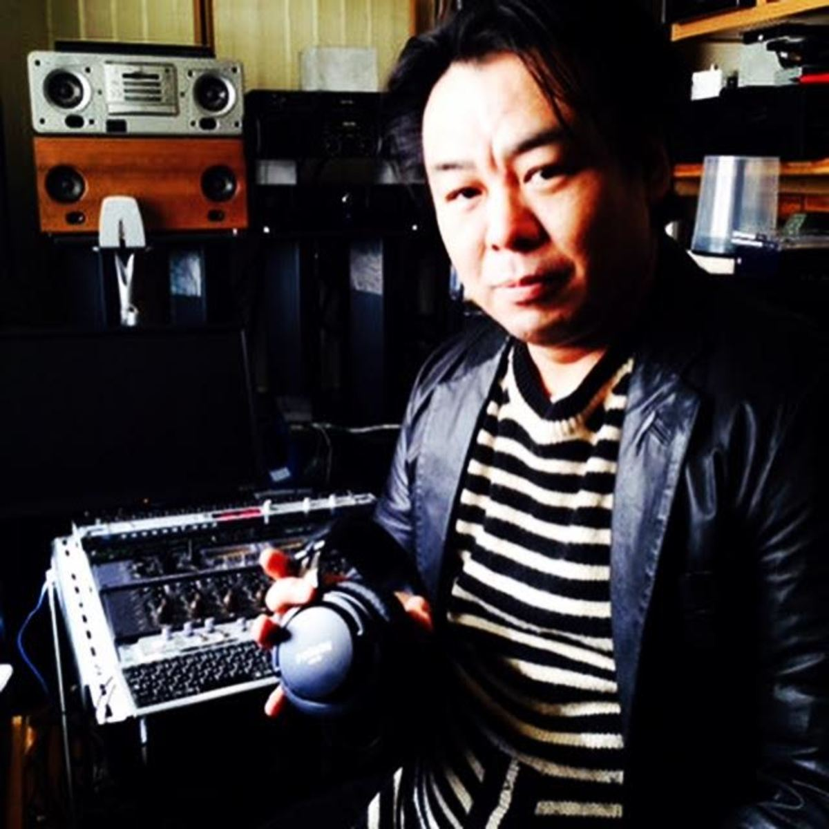 Isao Kumano in the studio with the SMB-01