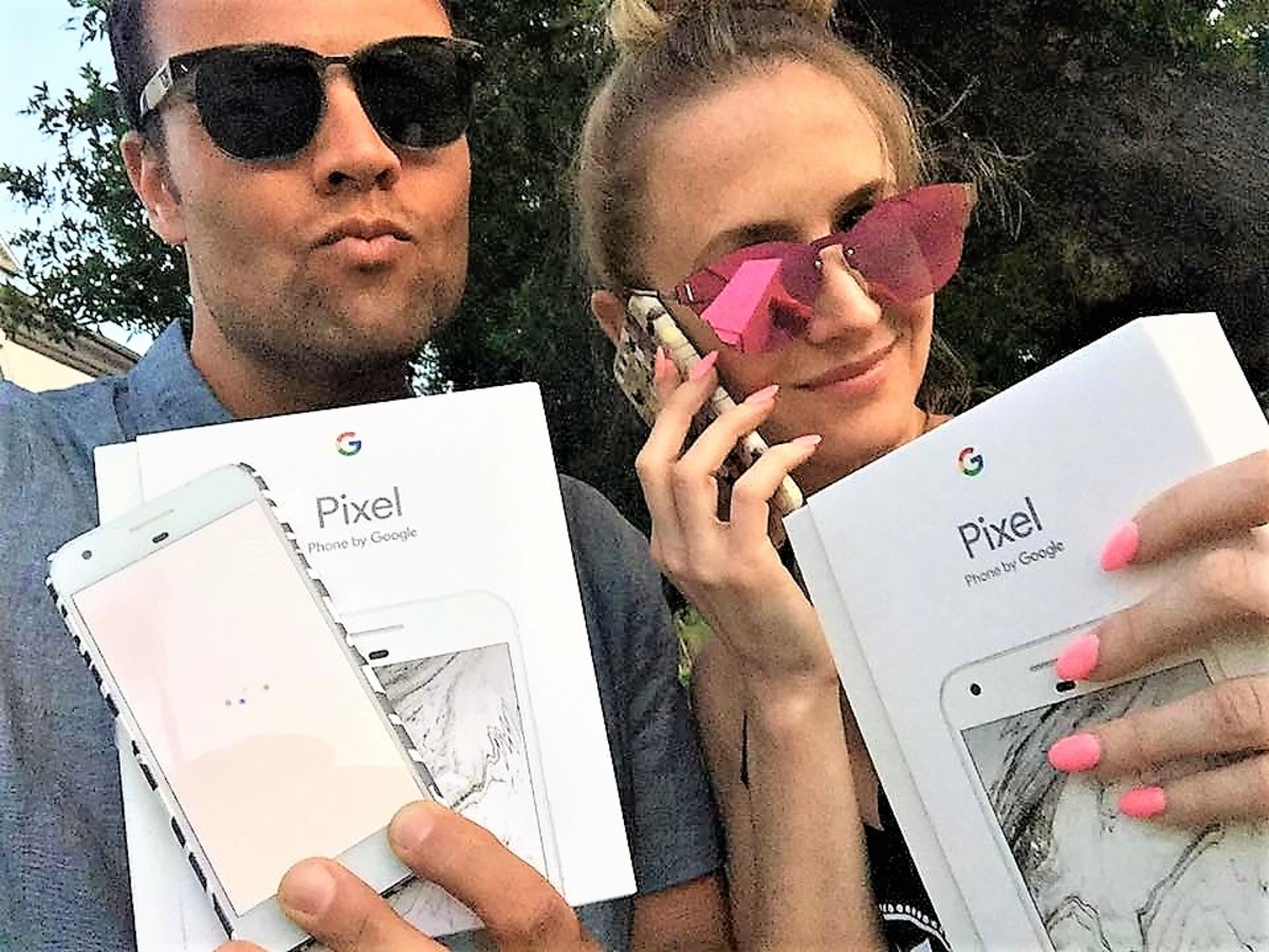 lucky recipients of the last remaining Google Pixel phones...