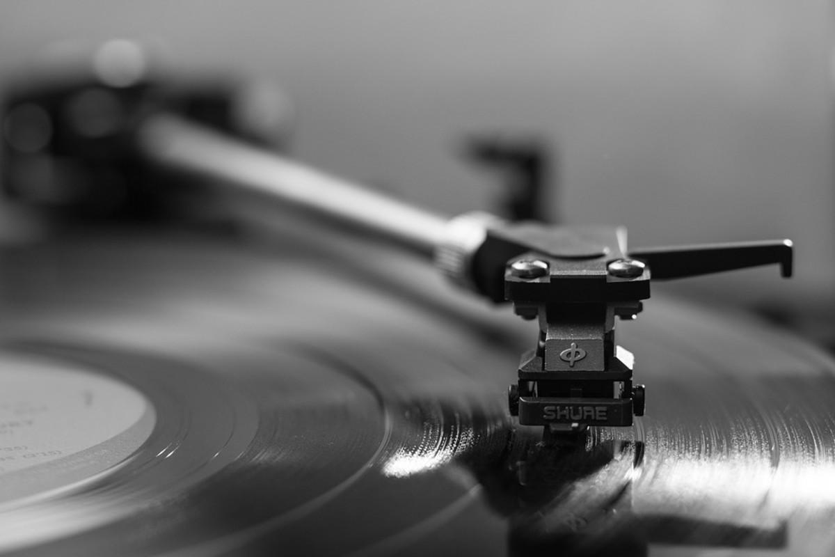 Vinyl & Turntable