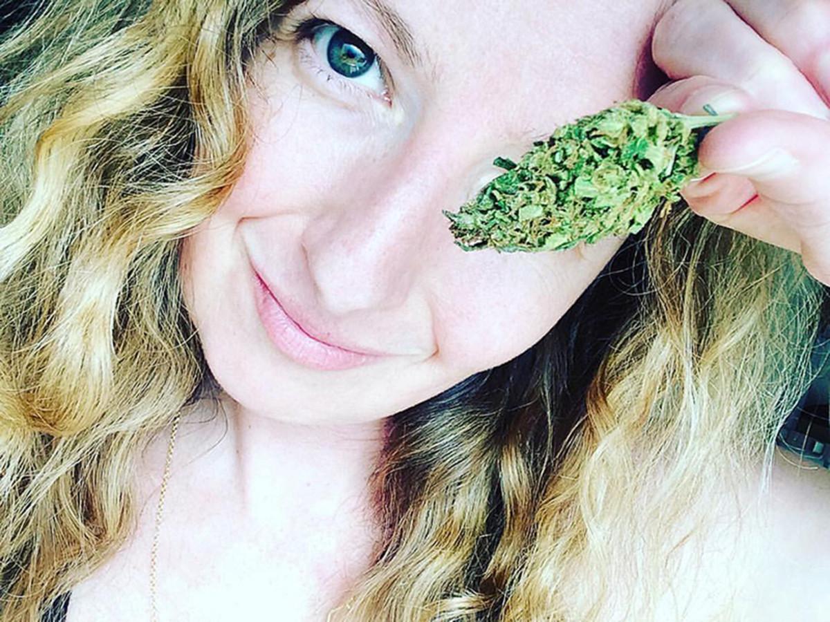 Zoe Wilder of Kinkly.com