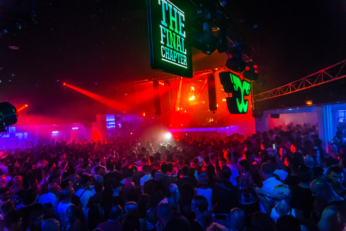 Full Capacity in the main room at Space Ibiza. Photo credit: Casey McCune.