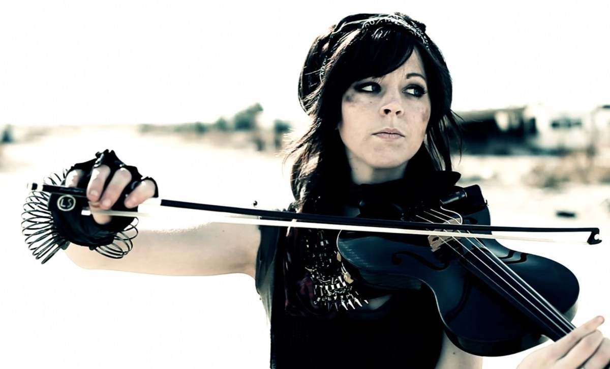 Lindsey Stirling head shot 2016