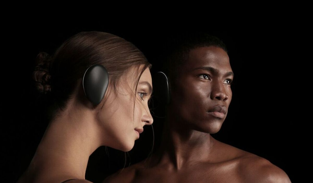 HUMAN Headphones? Errrr Earphones? Earcups? Awesome future gear.