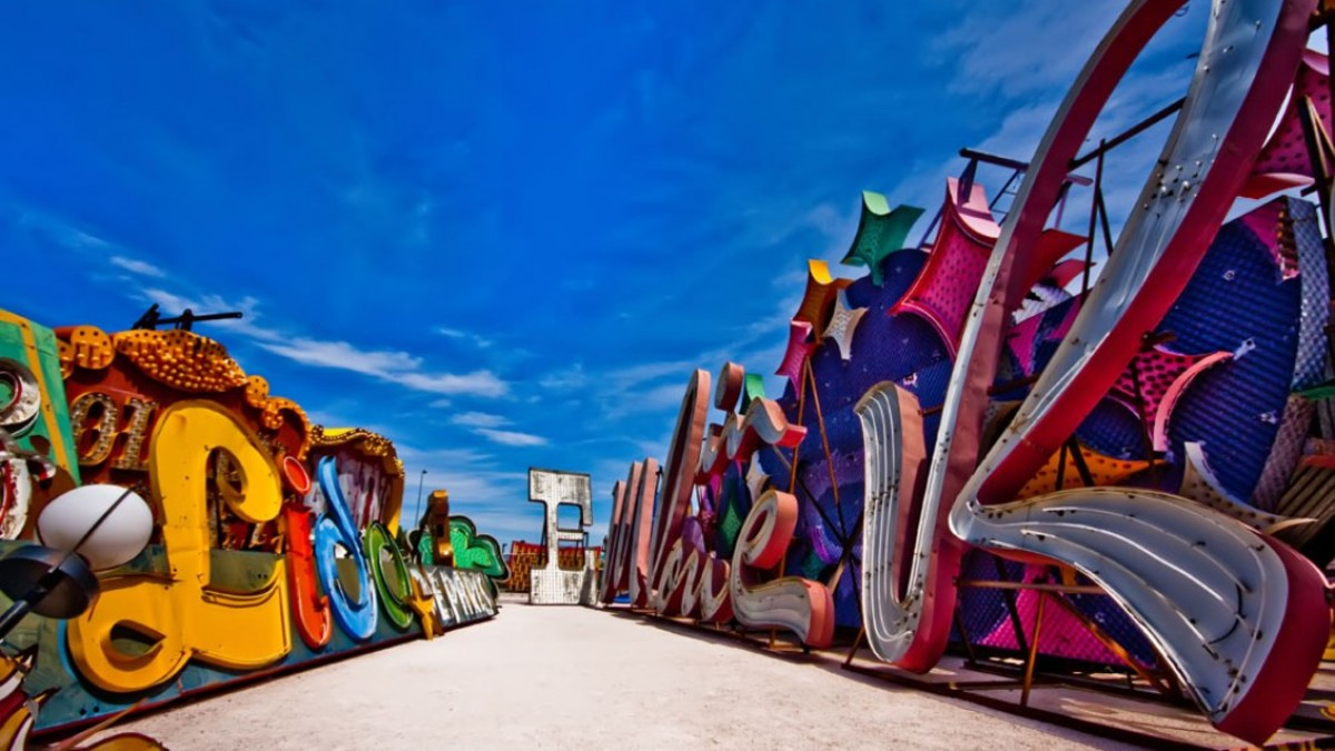 The Neon Museum, MUCH better at night.