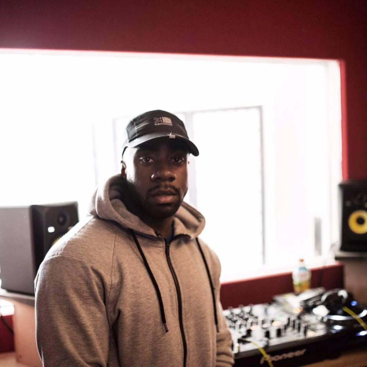 Bassboy in studio.