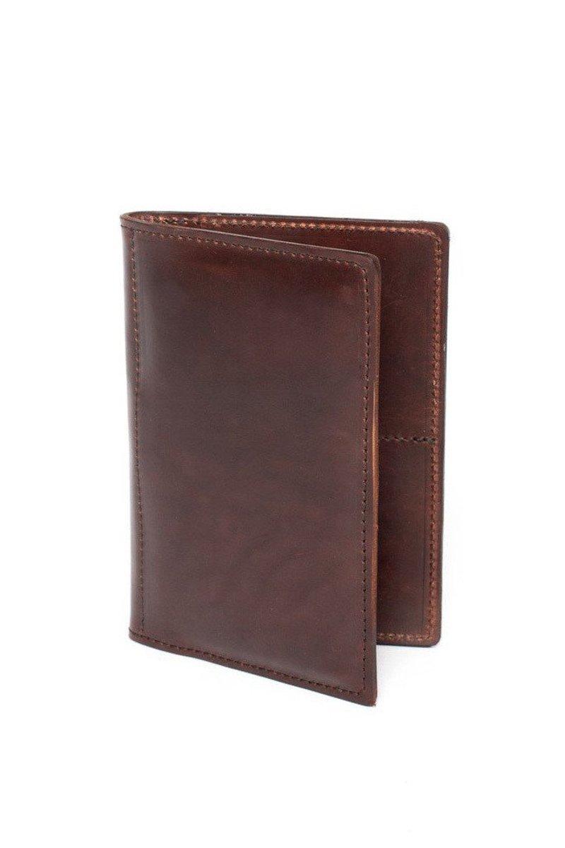 Wood & Faulk Traveller Wallet.jpg