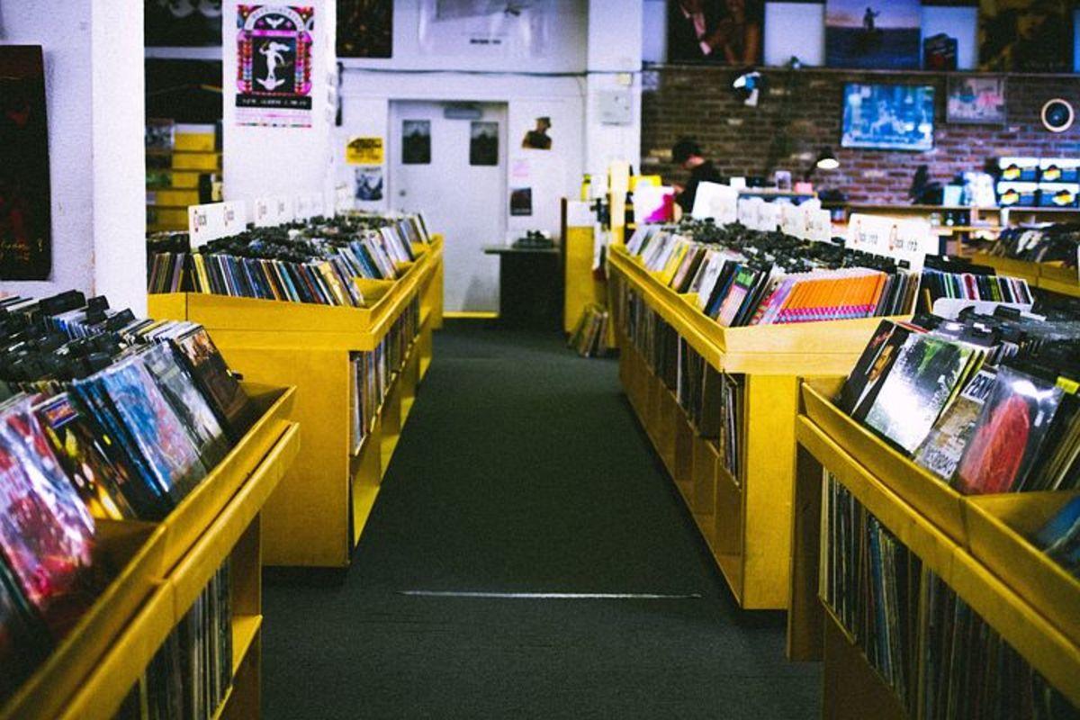 record-store-925553__480.jpg