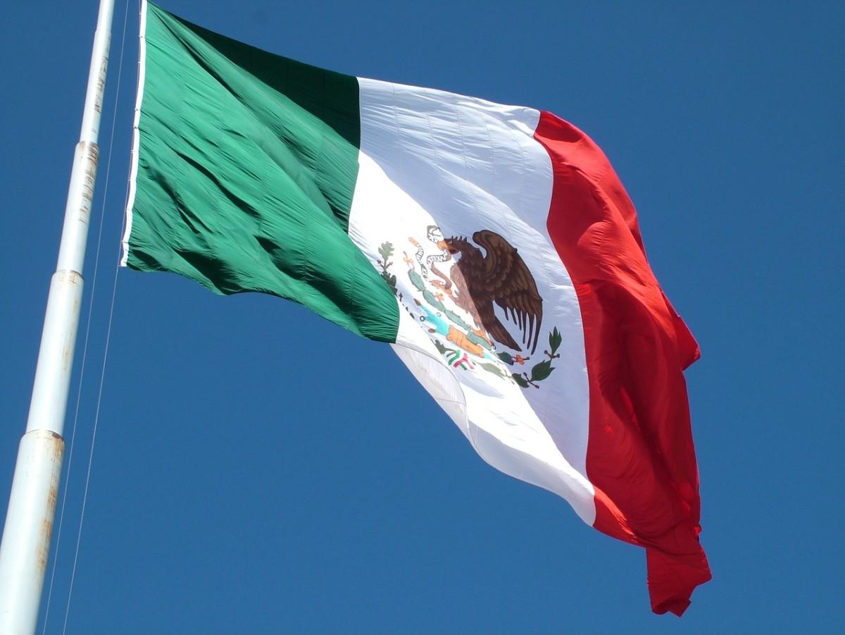 flag-815077_1280.jpg