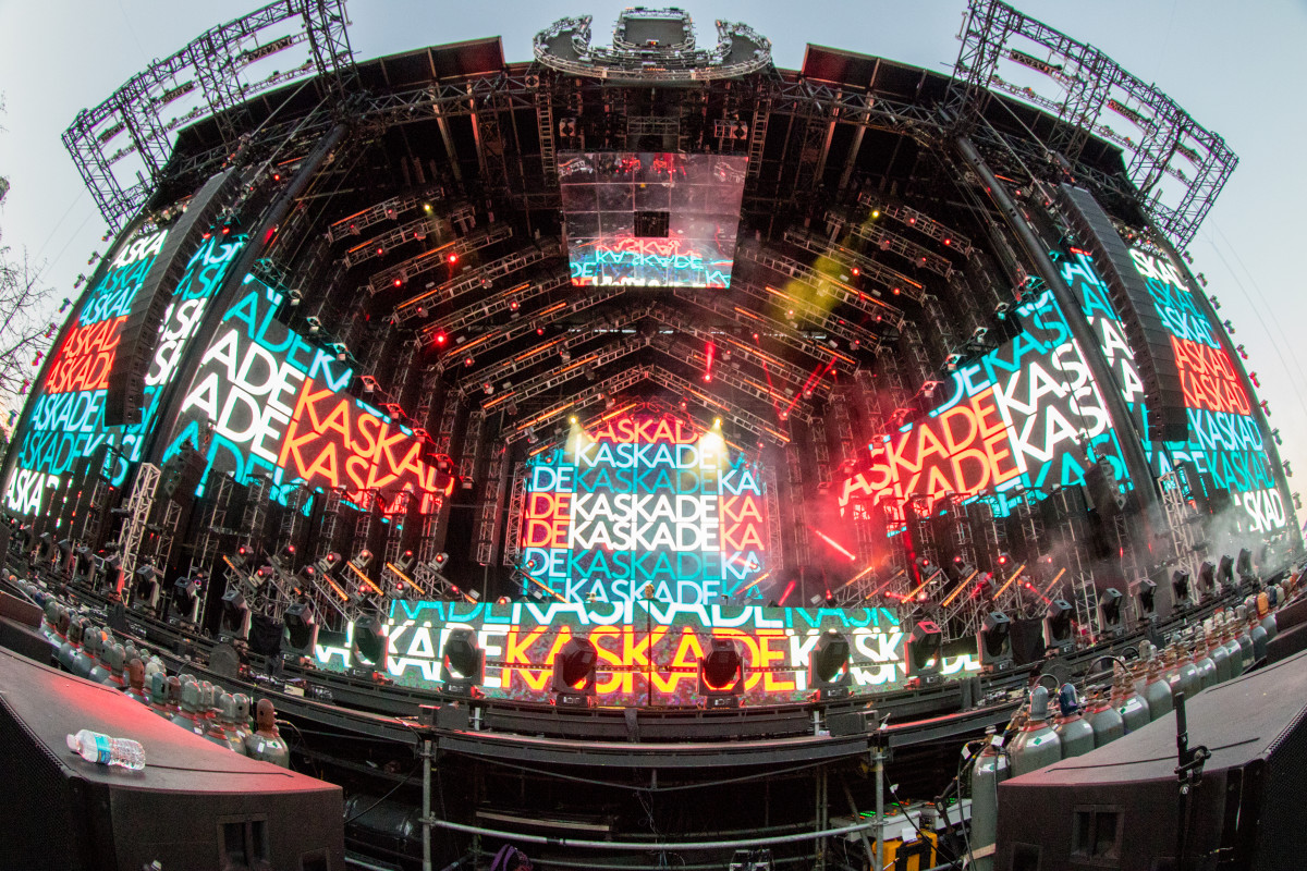 kaskade ultra music festival 2018